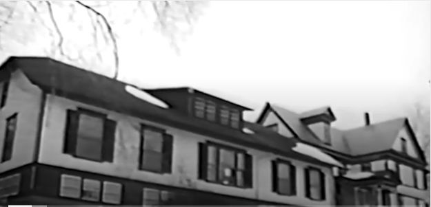 In 1970 the Inn was purchased by a collective, a group of individuals living together with a common purpose and shared decision making. This thriving community attracted intellectuals and future politicians, including Bernie Sanders.