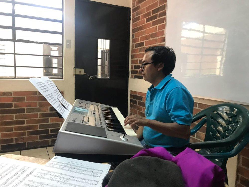 Maestro Roberto Chamalé
