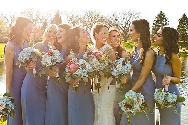 From this color palette, these dresses, fresh florals, the sunshine, to these beauties there's so much to love about this photo! @pattymcguirehmuartists