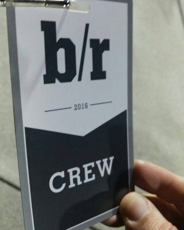 I had a blast with the @bleacherreport team and @adamlefkoe You guys were awesome! #aboutlastnight #muanation #HMUA #malegrooming #behindthescenes #crewlife #crew #bleacherreport #backstage #pass