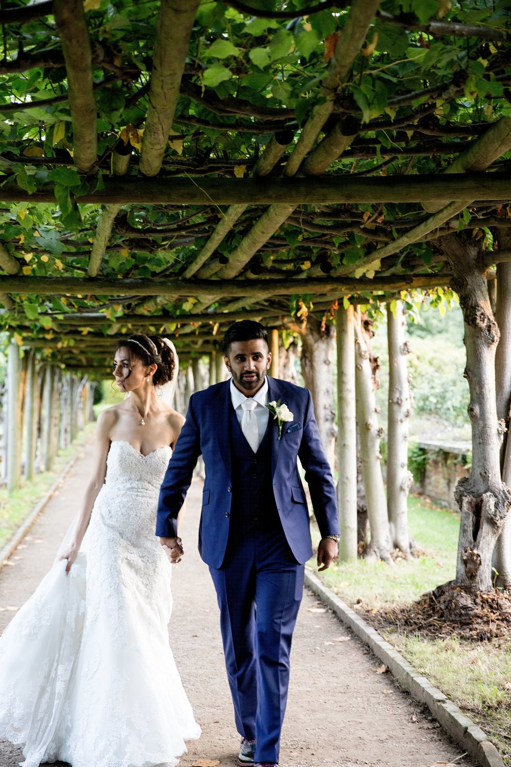 London wedding reception at Hatfield House Sophie Anwar photography August weddings
