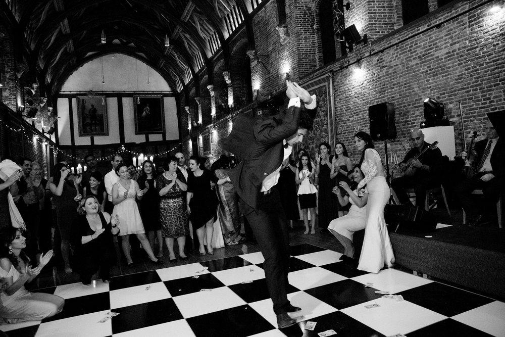 London wedding reception at Hatfield House Sophie Anwar photography August weddings Dancing Greek wedding