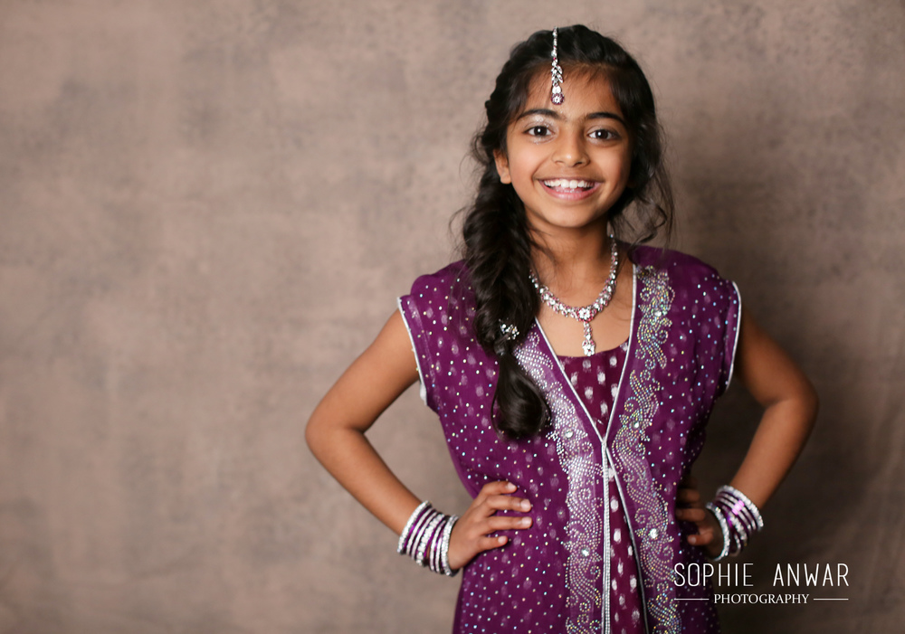 Roshni and vaishi Family Shoot London Ruislip portrait session_-3.jpg