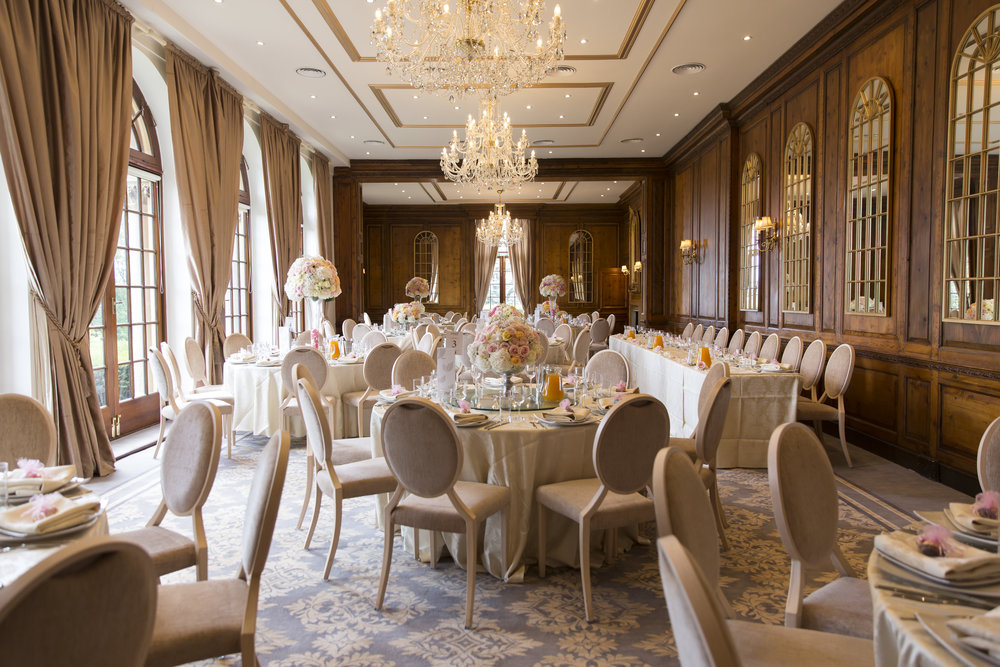zara gets married to Mohammed at Hedsor house Marlow wedding venue reception dining room