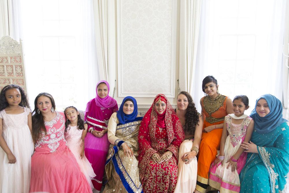 Zara's gorgeous wedding at Hedsor House marlow london wedding photograher Sophie Anwar _118.jpg
