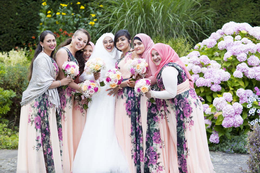 zara gets married to Mohammed at Hedsor house Marlow wedding venue family portraits after nikah ceremony Sophie Anwar photography civil ceremony bridesmaids