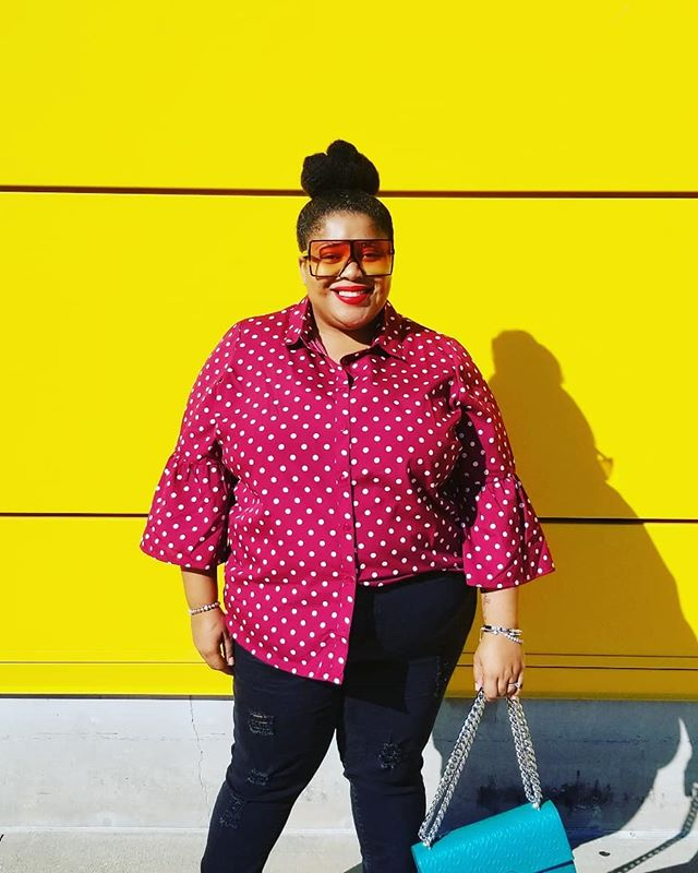 My mission,  to be sunshine in someone's life everyday. I thank God for his joy + peace! 📸 @danonthecam . . . . #taliafelicia #taliafeliciastyle #plussizefashion #plussizeblogger #weightlossjourney #asos #asoscurve