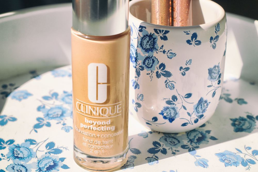 clinique beyond perfecting foundation +concealer