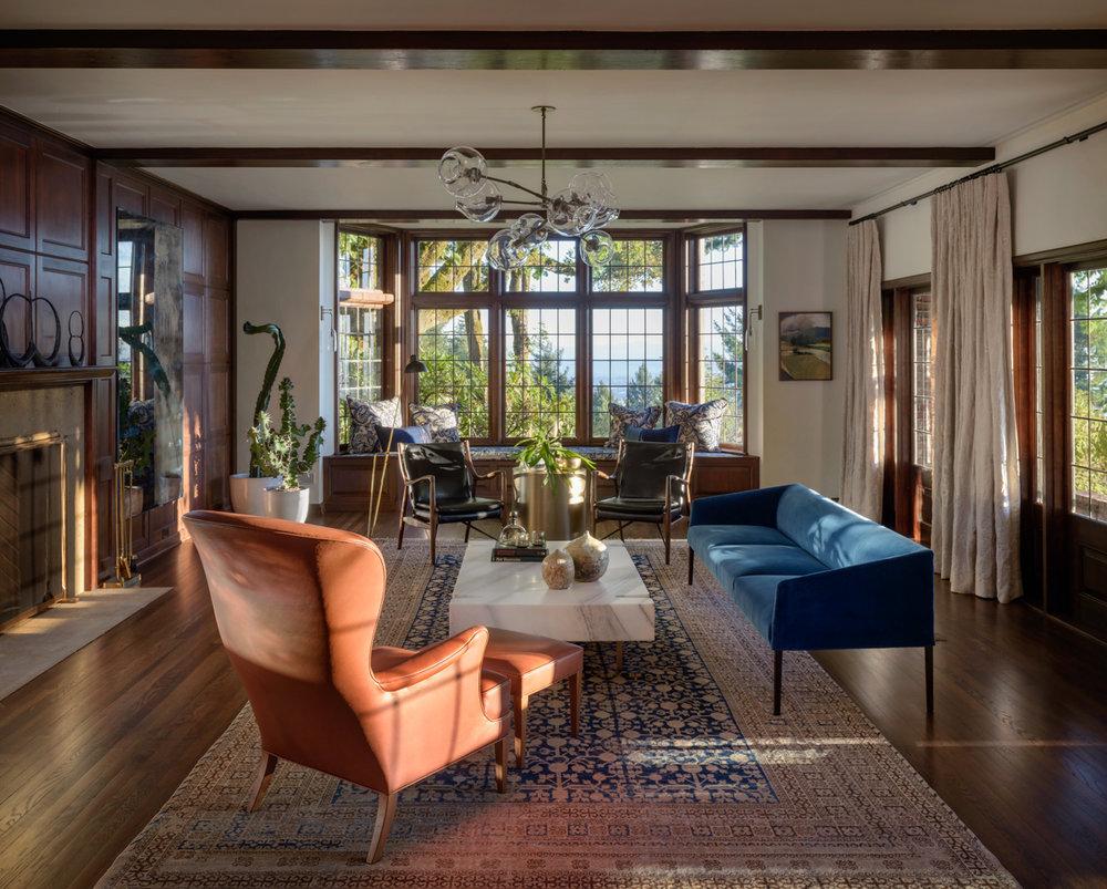 01 - Living Room.jpg