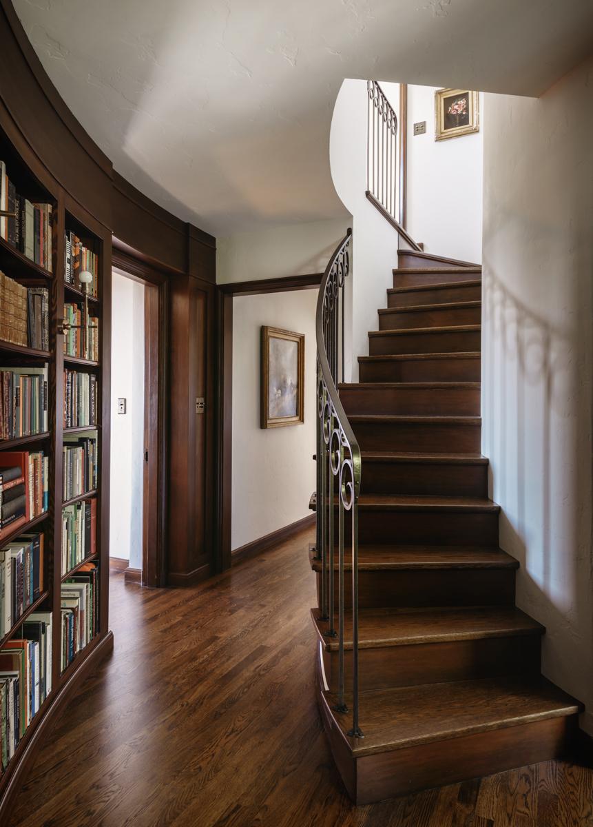 25 - Office steps.jpg