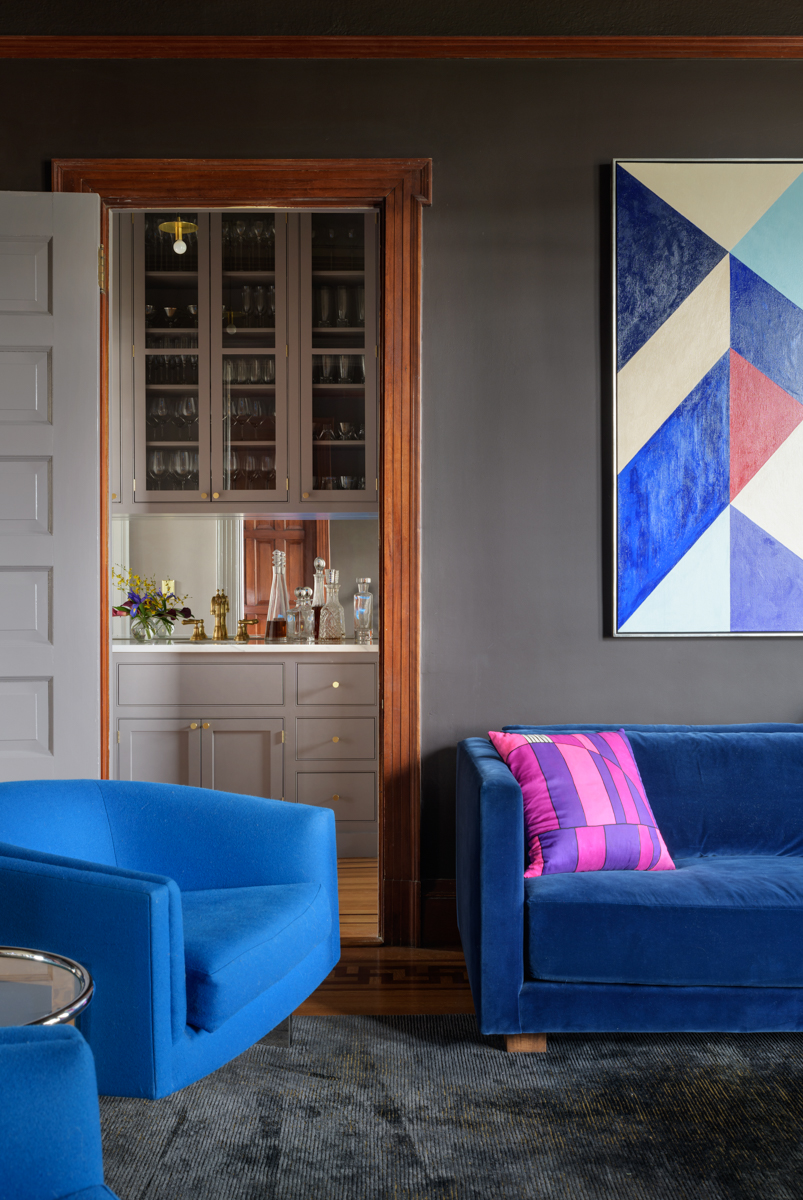 10_JHID_swhillsvictorian_livingroom.jpg
