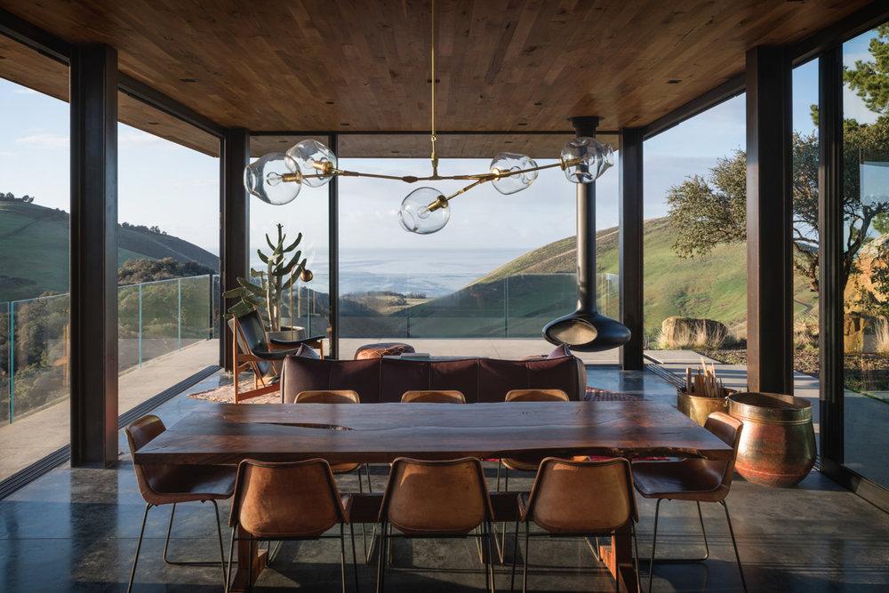 05-livingroom-open-JHID_santabarbaracoasthouse.jpg