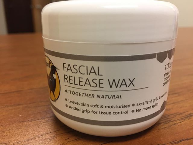 Loving this new ultra-high control massage wax from England. Letting me do even more specific work!