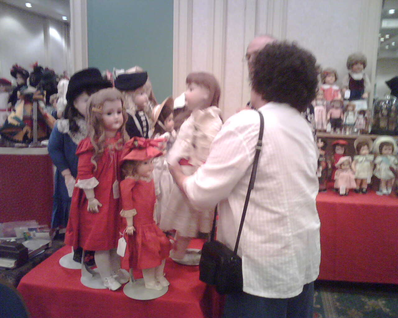 while everyone was getting coffee, i visited a doll show in the banquet room of our hotel