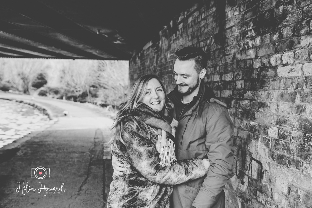 Couples engagement shoot in Berkhamsted by the canal