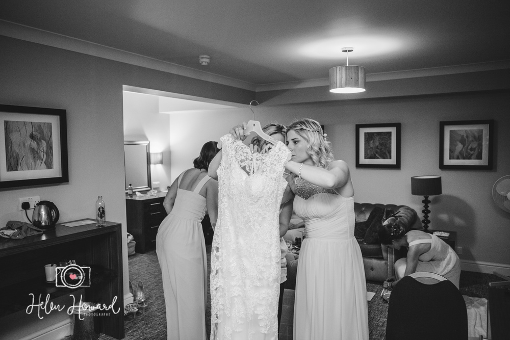 Aldwickbury Park Golf Club wedding-17.jpg