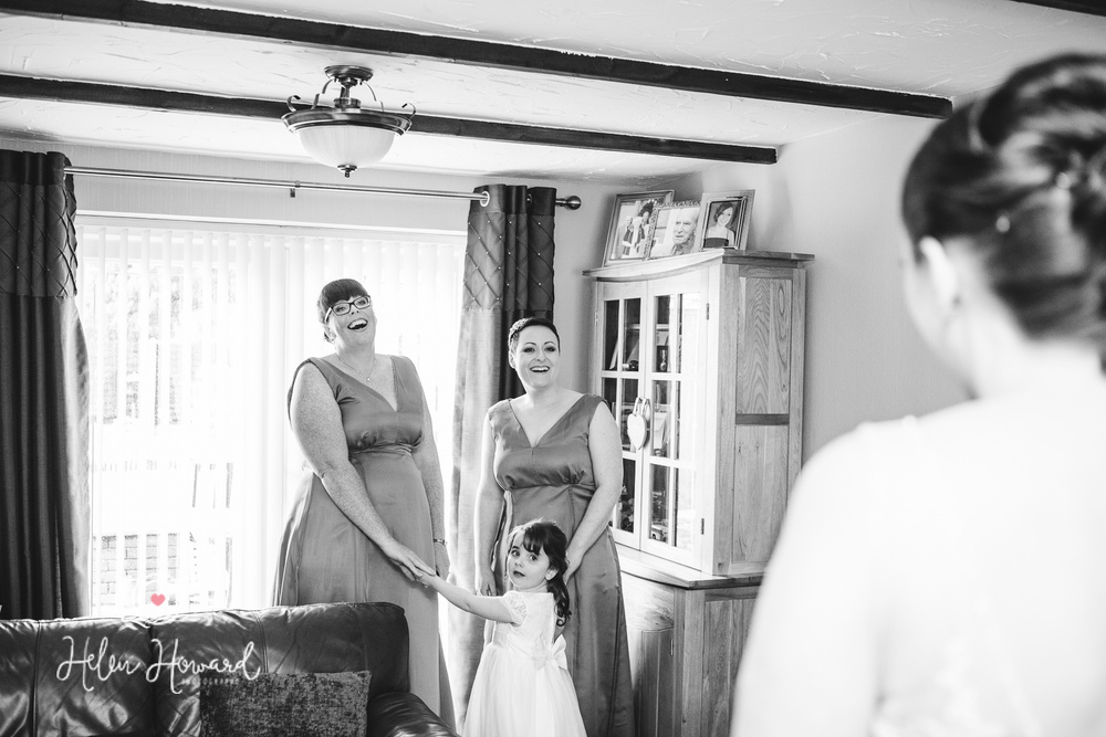 Oak FArm Hotel Cannock Wedding Photography-2.jpg