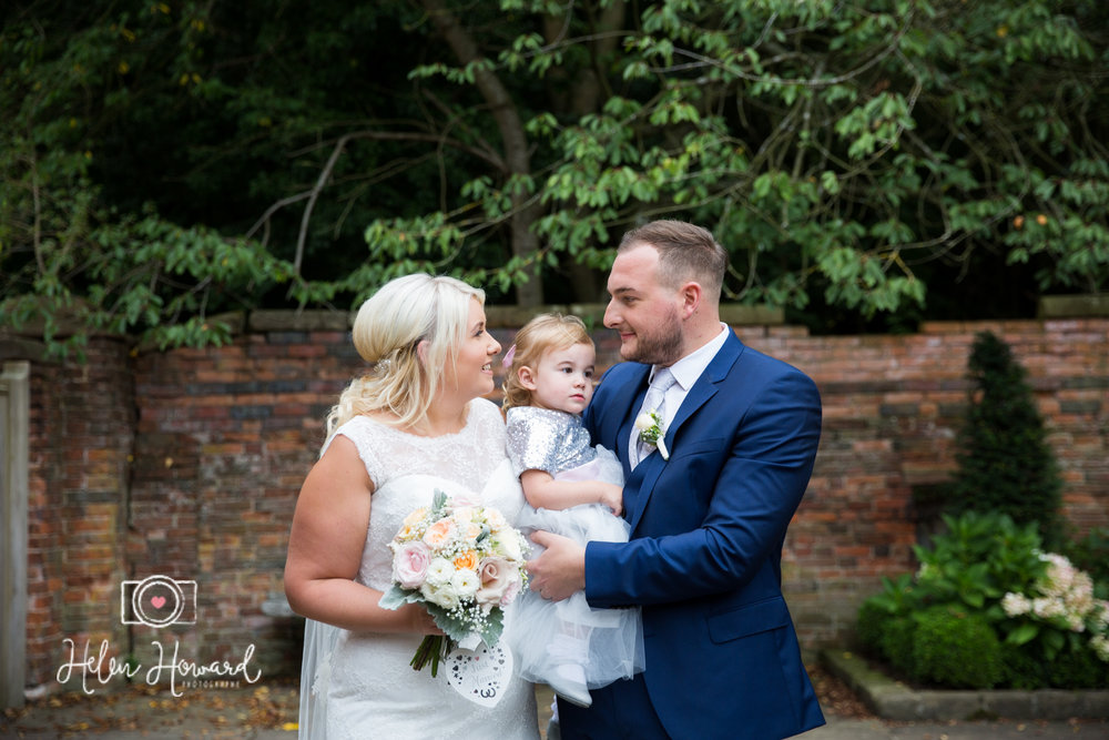 Shustoke Farm Barns Wedding Photography by Helen Howard-26.jpg