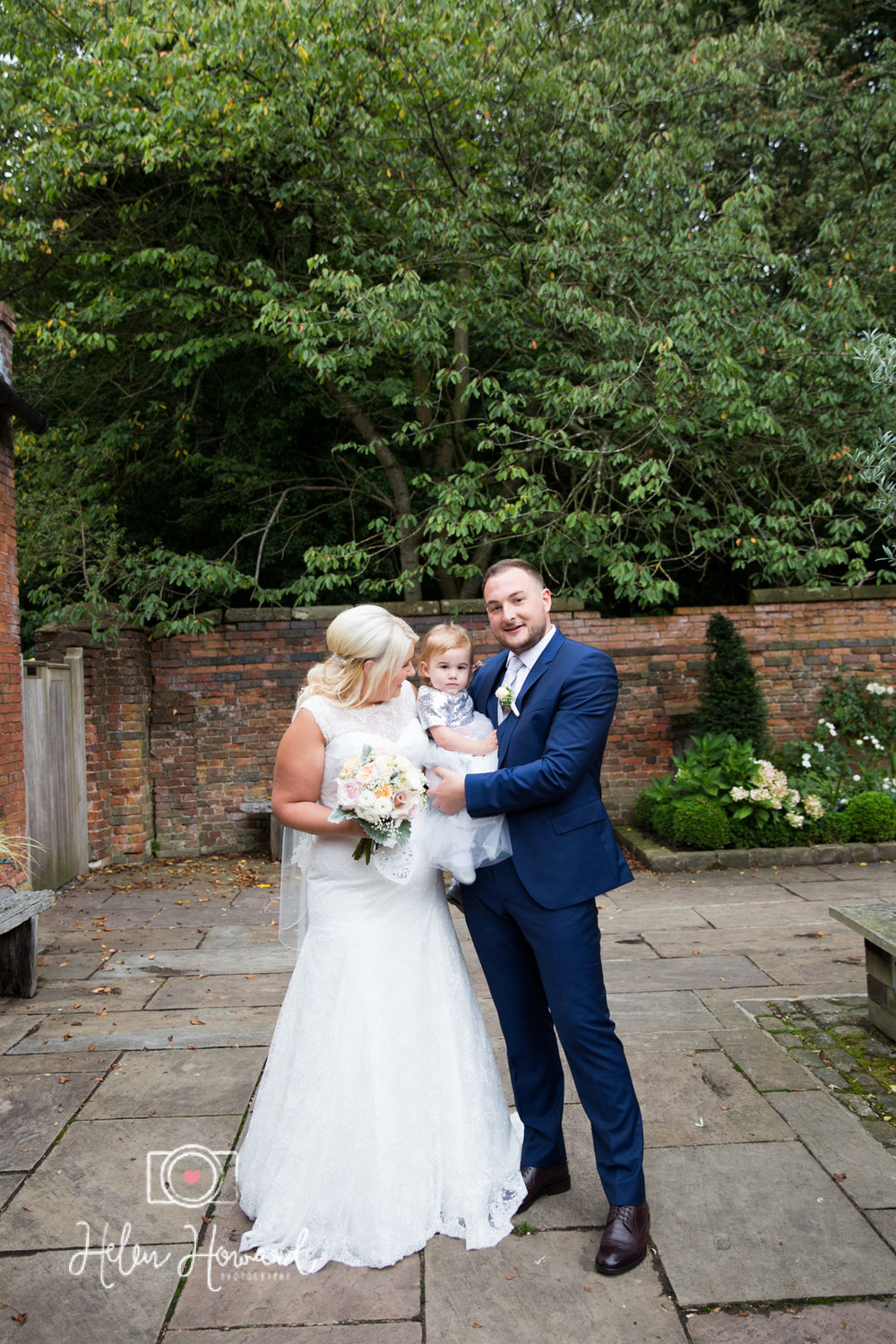 Shustoke Farm Barns Wedding Photography by Helen Howard-25.jpg