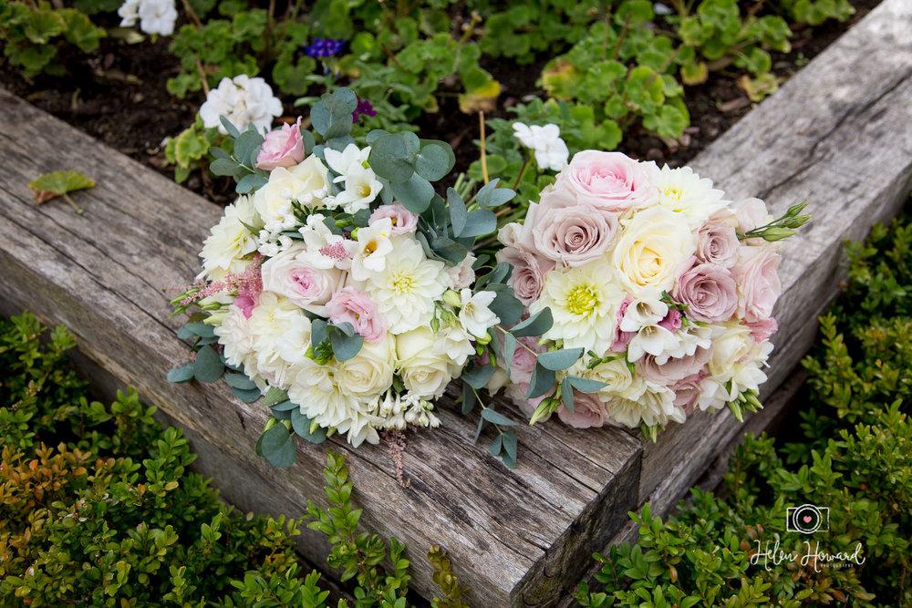 Wedding Flowers in Staffordshire Barn Wedding Photographer