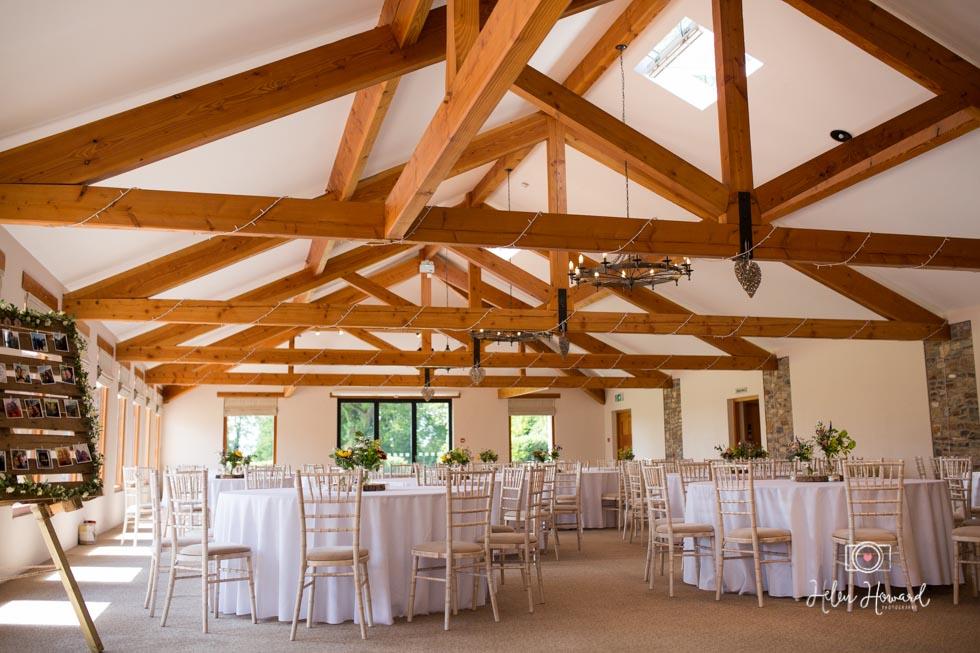 Barn-Wedding-in-somerset-76.jpg