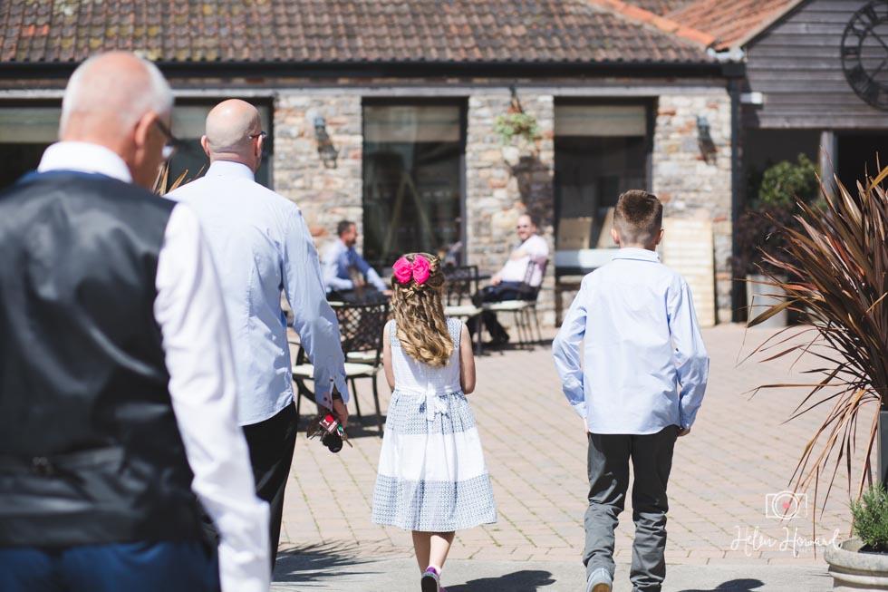 Barn-Wedding-in-somerset-115.jpg