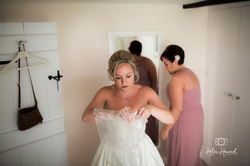 Barn-Wedding-in-somerset-141.jpg