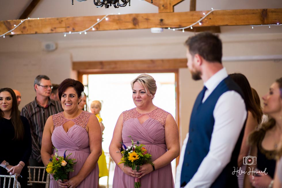 Barn-Wedding-in-somerset-313.jpg