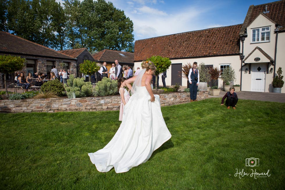 Barn-Wedding-in-somerset-543.jpg