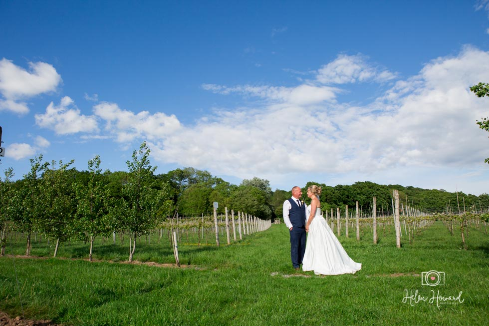 Barn-Wedding-in-somerset-581.jpg