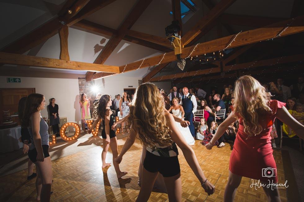 Barn-Wedding-in-somerset-807.jpg