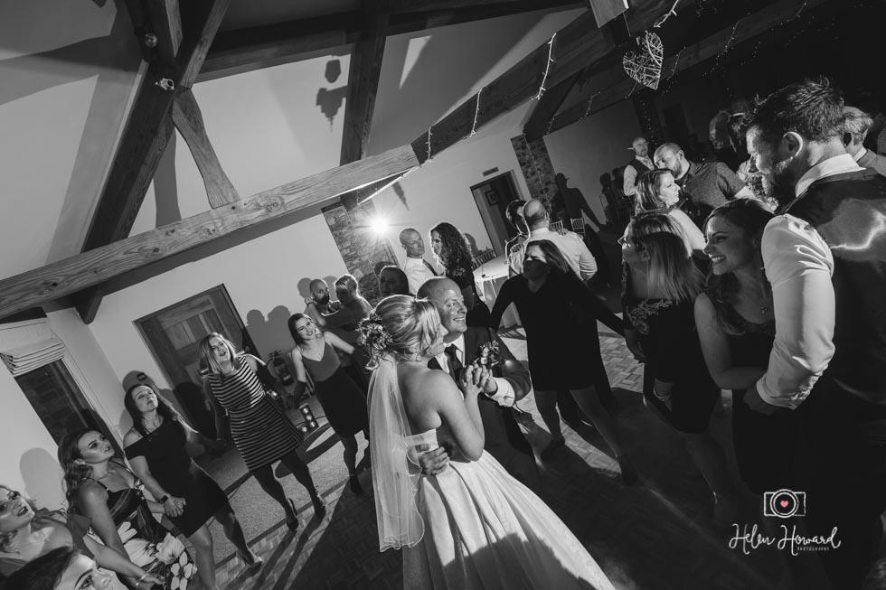 Barn-Wedding-in-somerset-827.jpg