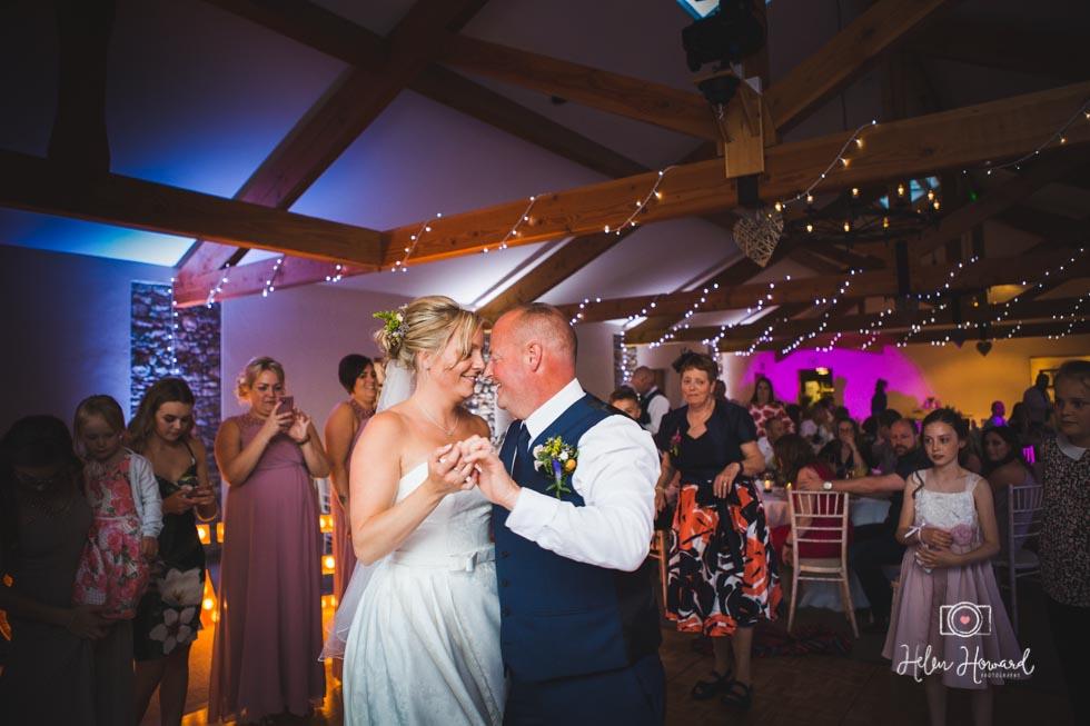 Barn-Wedding-in-somerset-836.jpg