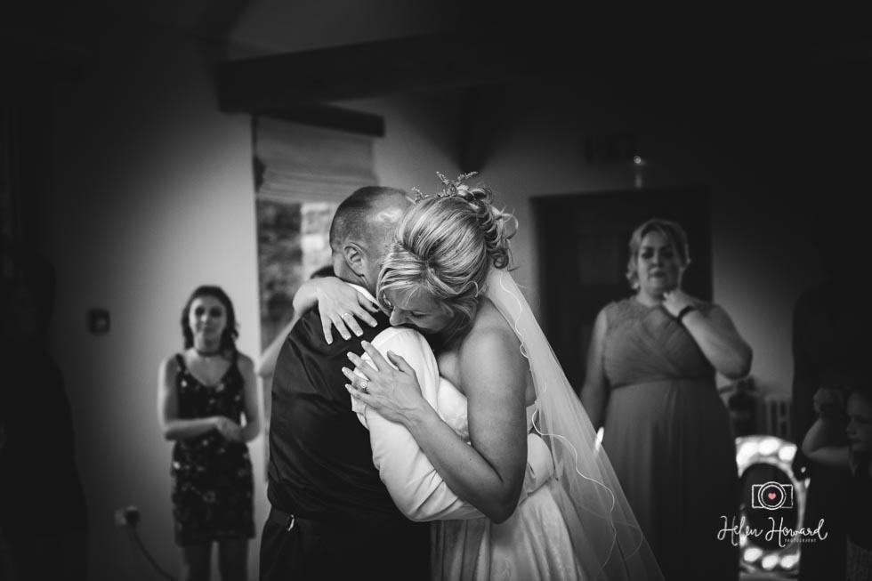 Barn-Wedding-in-somerset-839.jpg