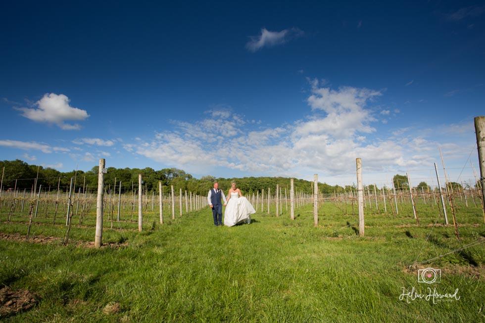 Barn-Wedding-in-somerset-596.jpg