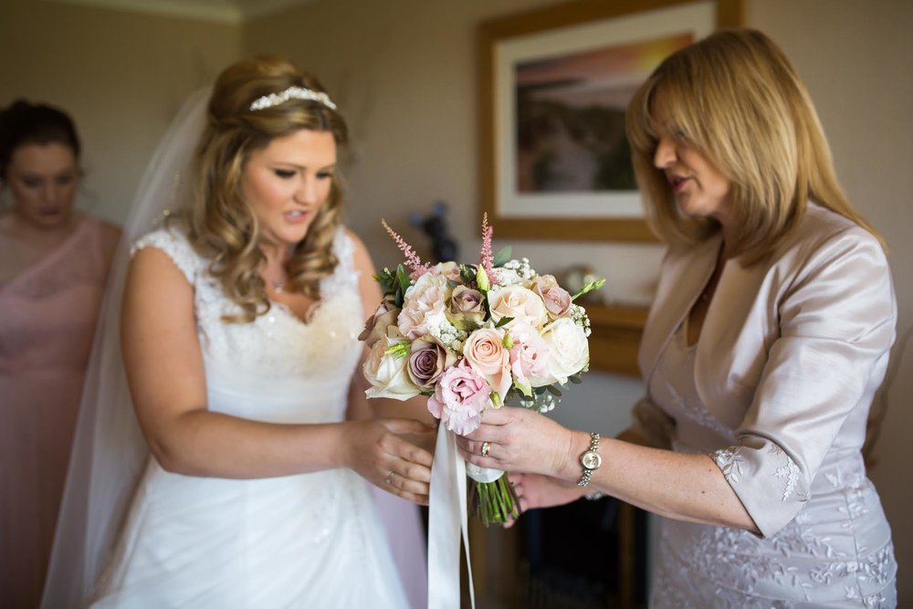 lichfield wedding bride and her mum