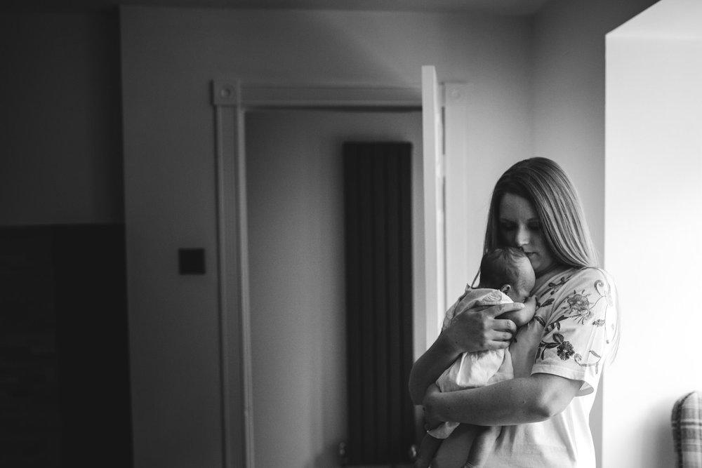 Newborn and Family Photographer Lichfield-24.jpg