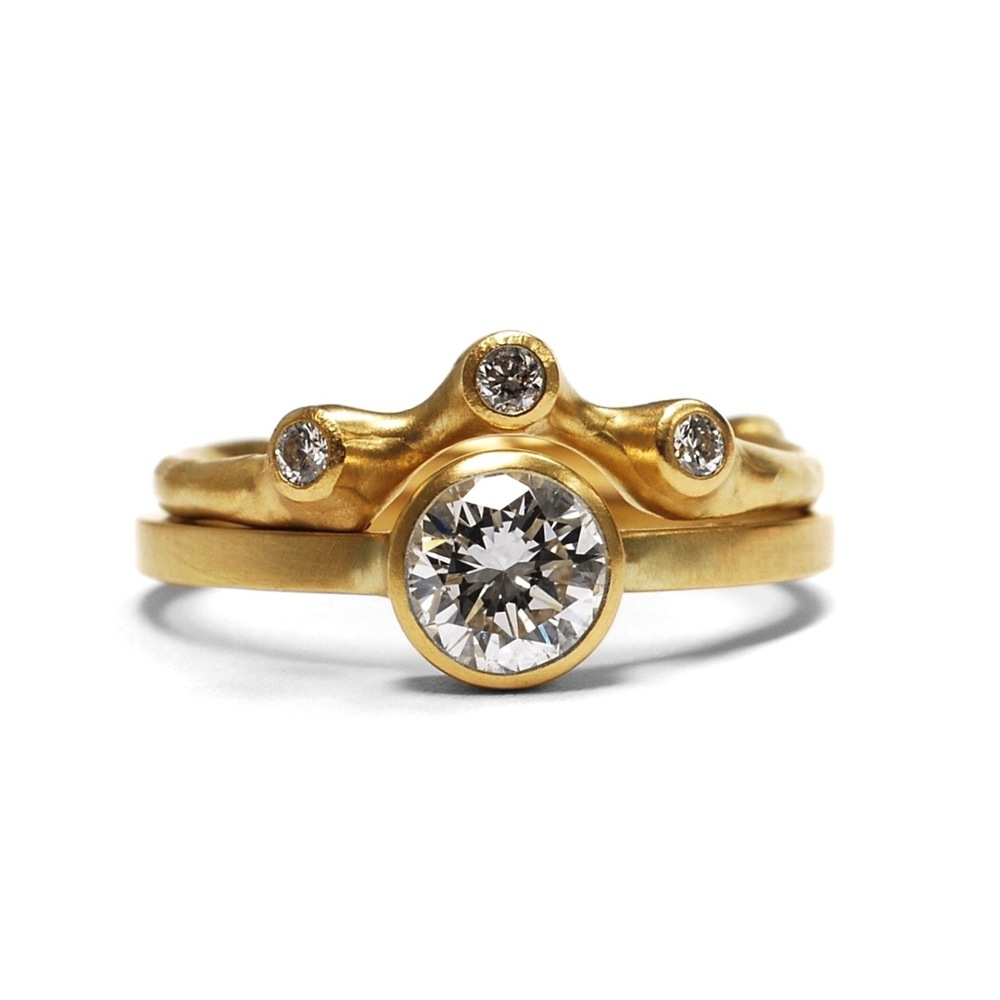 #4  Diamond Solitaire & Barnacle Contour Band.