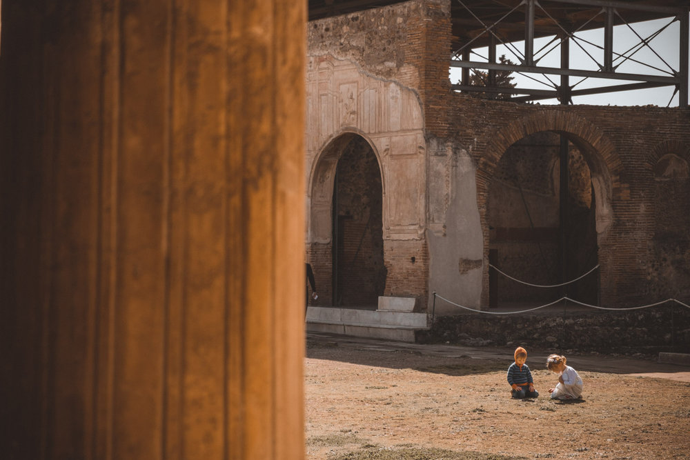 008-wedding-photographer-in-pompeii.jpg