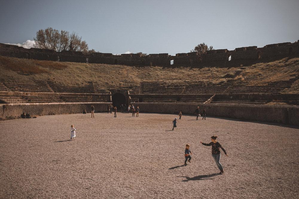 016-wedding-photographer-in-pompeii.jpg