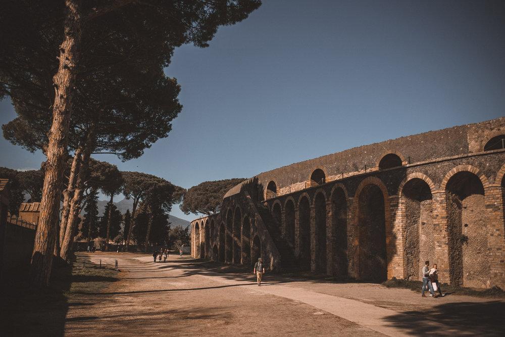 022-wedding-photographer-in-pompeii.jpg