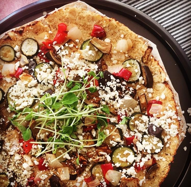 caulif pizza.jpg