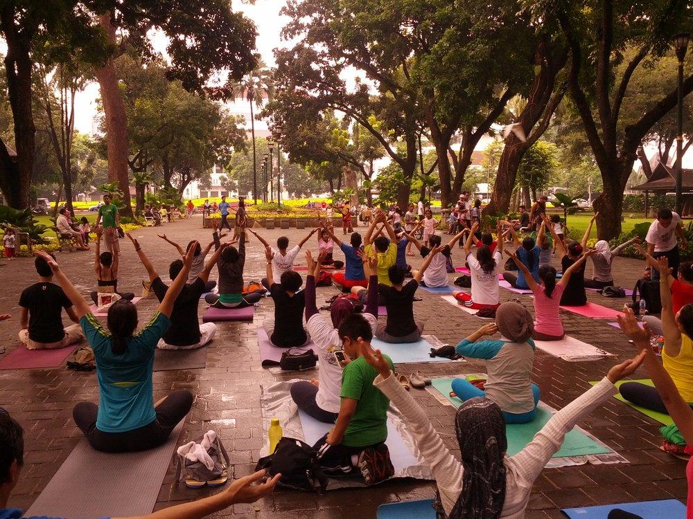 Community-Yoga.jpg