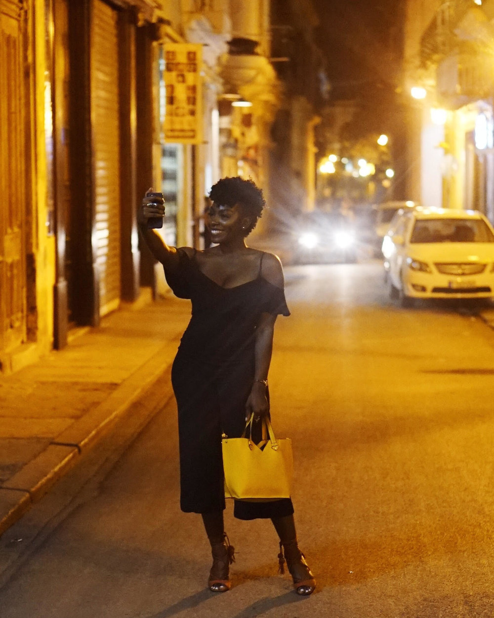 black-girl-taking-selfie-havana-cuba