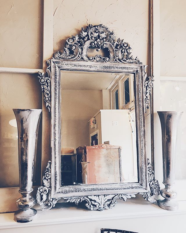 gorgeous, large rococo mirror- what a statement piece 💎  #bohemestl #rococostyle #frenchinteriors #frenchdecor #bohoglam #eclectichome #eclecticdecor #bohointeriors #bohodecor #shoplocalstl #shopsmallstl #stlboutique #cherokeeantiquerow #cherokeestreet #cherokeestreetstl #baroquestyle #chalkpaint #drybrushing #ascp #anniesloanstockist #anniesloanhome