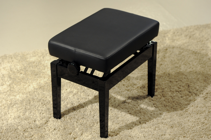 B500 D VINYL  - Stool with vinyl top  |  $1,095.