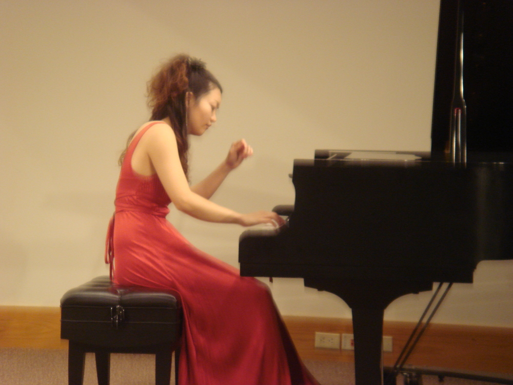 Kozue's piano recital week 060.jpg