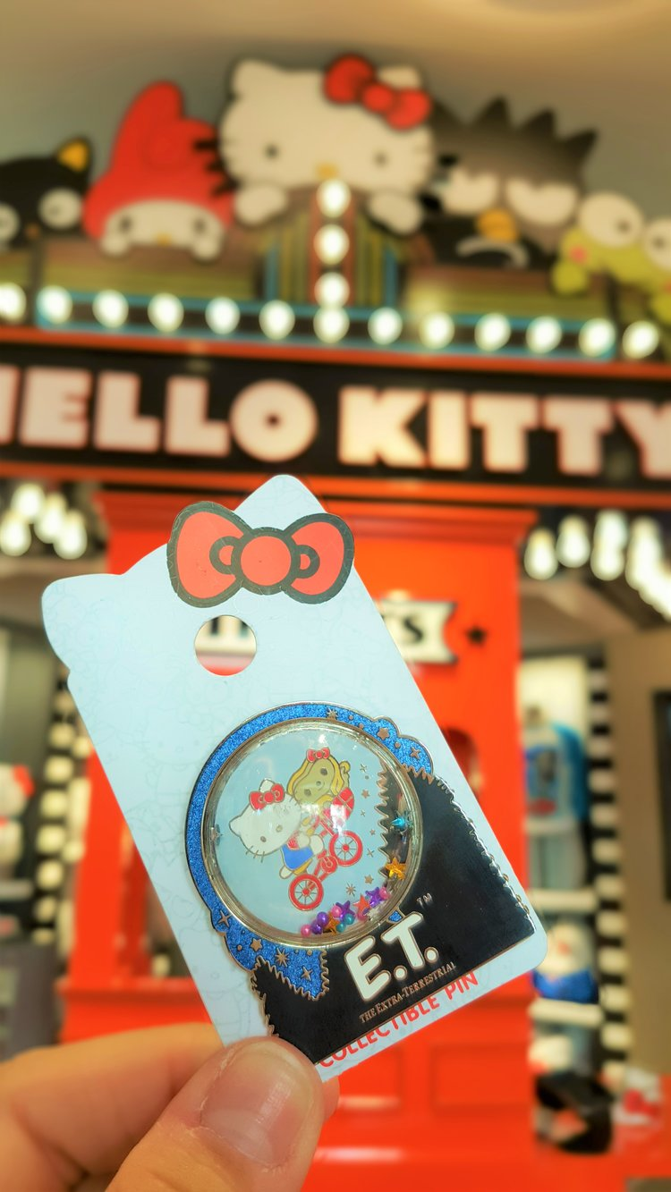 93b0df333 Hello Kitty Has a New Home at Universal Studios Hollywood ...