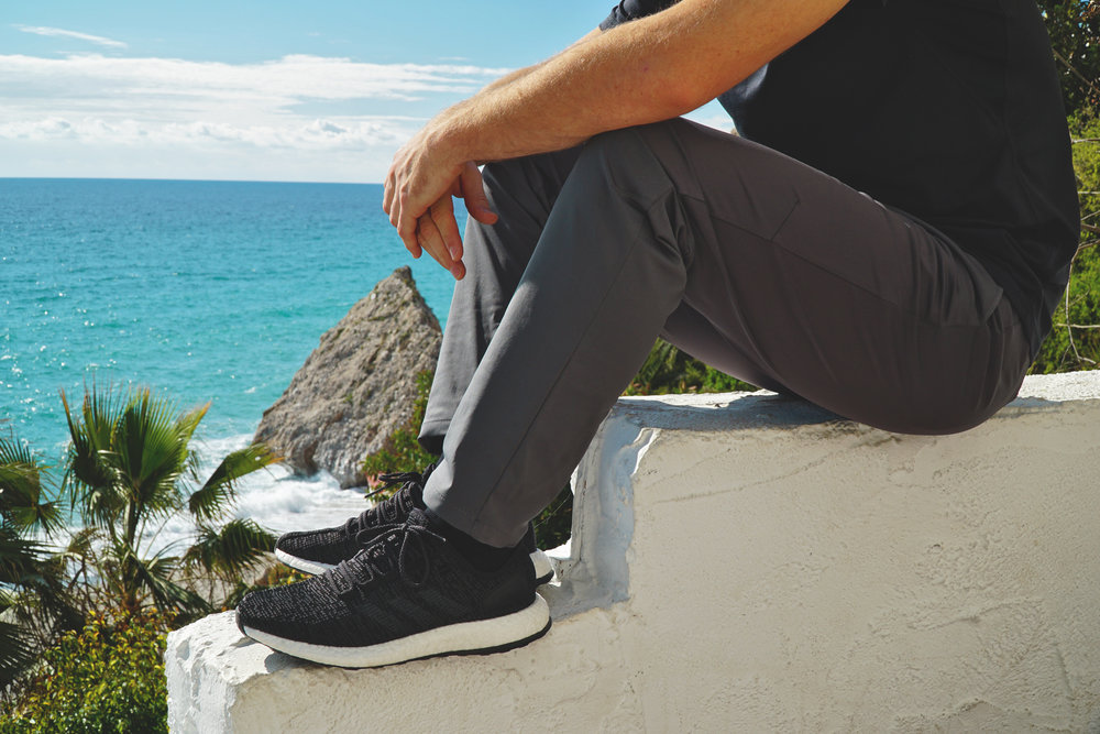 Rhone Commuter Pant in Asphalt / Nerja, Spain