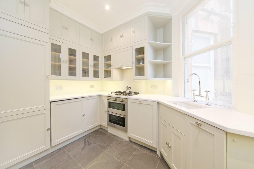 ormonde gate kitchen.jpg